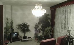 05.1_obývací pokoj s původním interiérem